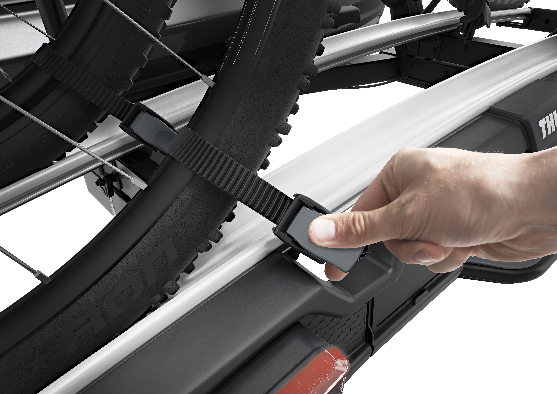 thule velospace xt fahrradtr ger f r 2 fahrr der online. Black Bedroom Furniture Sets. Home Design Ideas